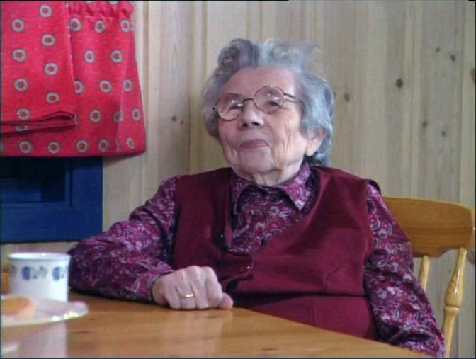 Se Margrethe Persen fortelle om Børselvs rike språktradisjoner