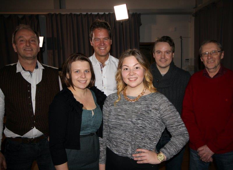 Jens Johan Hjort sammen med Ivar Johnsen, Katriina Pedersen, Noora Ollila, Eskild Johansen og Helge Huru