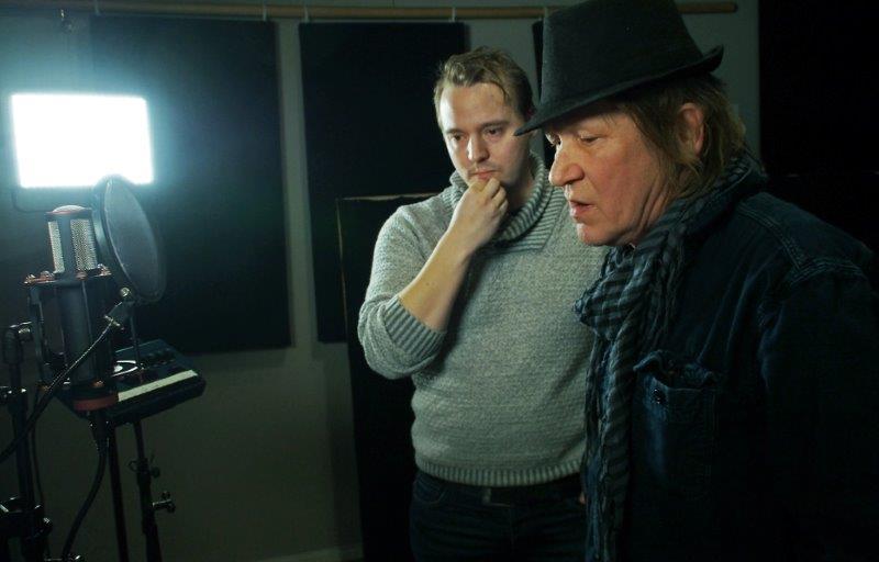Eskild Johansen og Steinar Olsen i studio