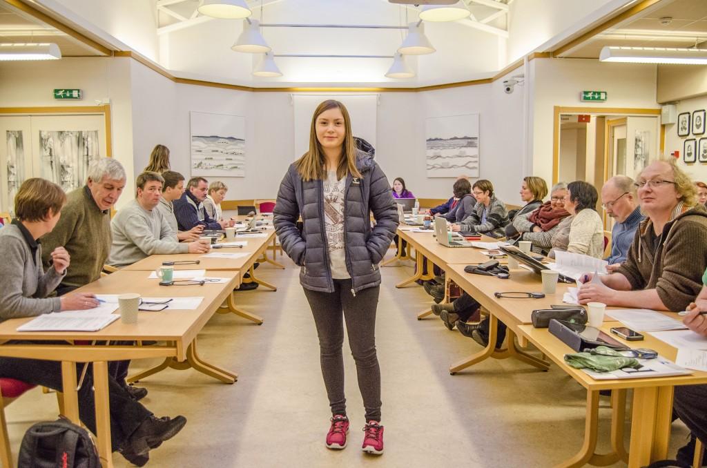 Elevrådsleder Thea Dagsholm Johansen ved Børselv skole er glad for at hun for fortsette å gå på skolen ut skoleåret. Kuva Heidi Nilima Monsen