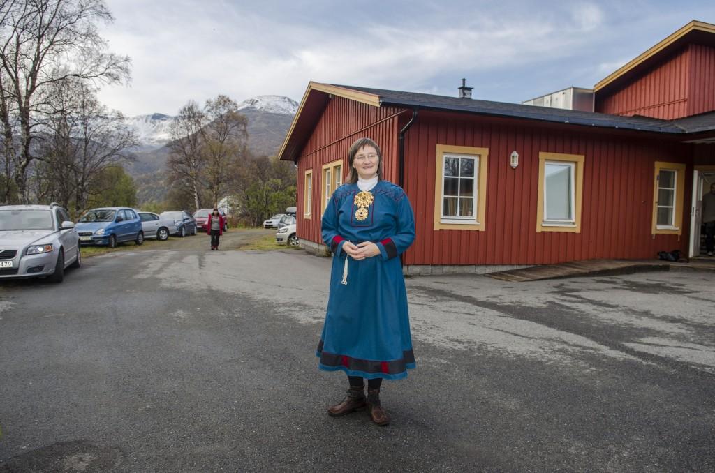 Toril Bakken Kåven kjøpte den nedlagte skolen på Alteidet på impuls. Etter å ha bygd det om til Kvænangstunet kurs- og konferansesenter arrangerte hun i fjor tidenes første Nordkalottfestival. Også i år ønsker hun velkommen til den nedlagte skolen. KUVA HEIDI NILIMA MONSEN