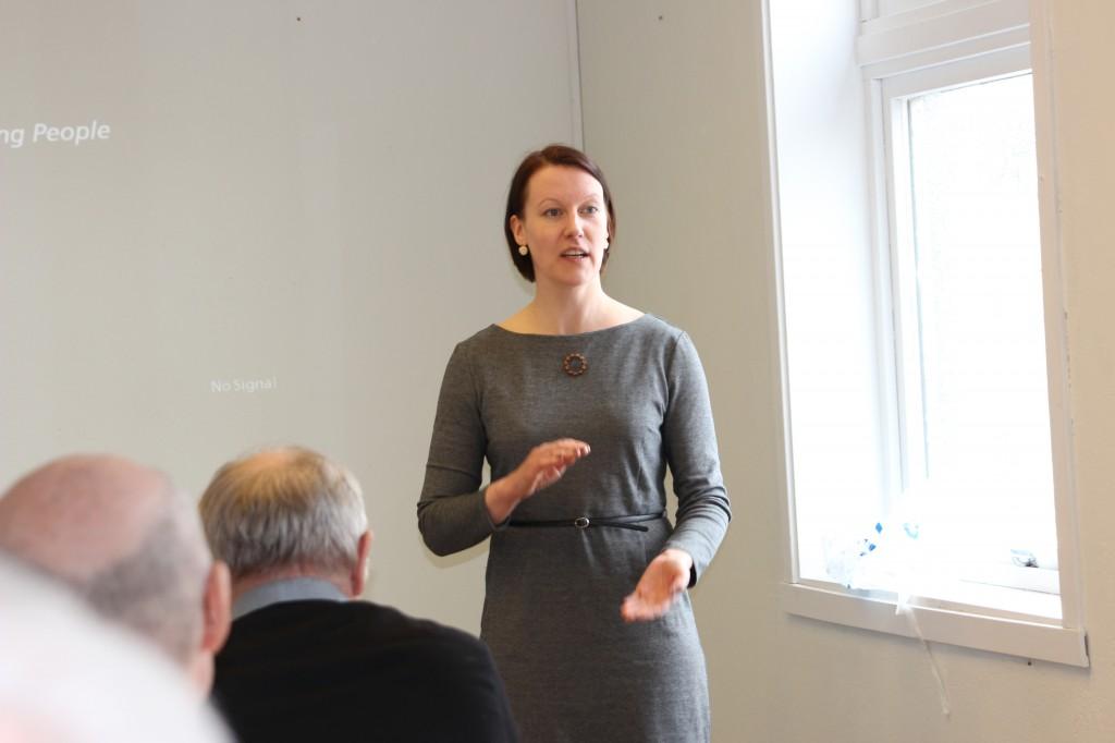 NKF-leder Hilja Huru sier at tilskuddsøkningen på en million kroner til kvensk språk og kultur ikke må bli en sovepute for regjeringen. KUVA HEIDI NILIMA MONSEN