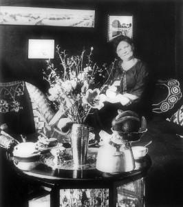 Jenny Marie Garfjeld drev avisa både redaksjonelt og økonomisk. Hun samla inn penger og tok opp lån hos nære venner for å klare drifta, og hun henta inn hjelp til trykkeriet. Hun var ei meget energisk dame med mange jern i ilden, og svært sentral i Arbeiderpartiets første dager