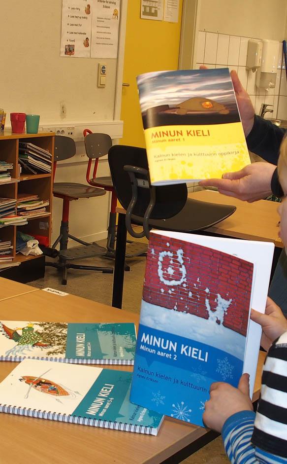 Kaksi uutta alakoulun  kainun oppikirjaa tuli ulos ● Nye kvenskbøker lansert