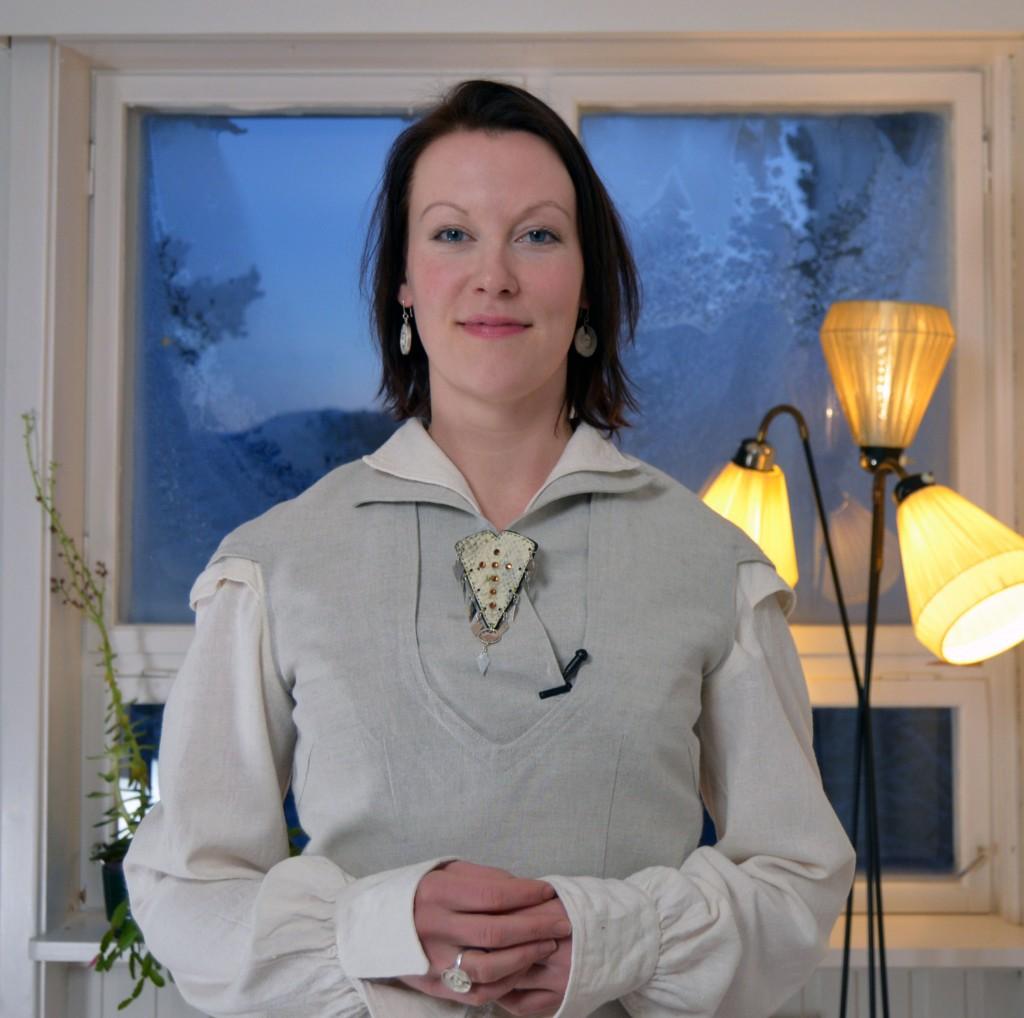– Hvis språket skal overleve så må vi være modige og bruke språket i alle sammenhenger, ikke minst offentlig, sier Hilja Huru som har holdt tidenes første nyttårstale på kvensk.