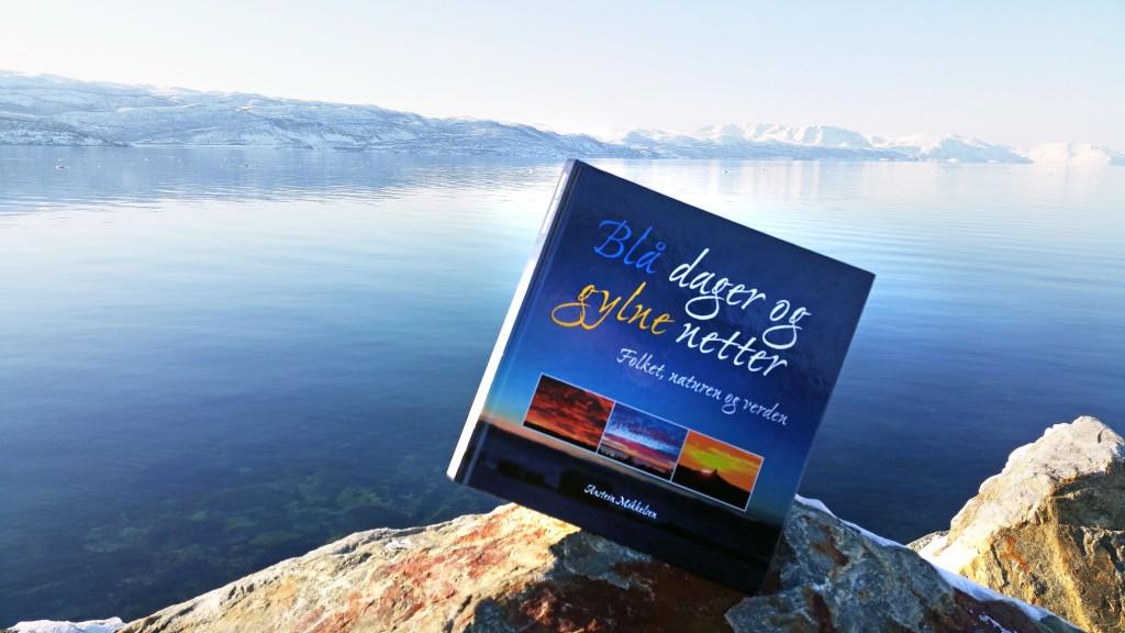 Med boken Blå dager og gylne netter har filmskaper Anstein Mikkelsen ønsket å jobbe videre med filmmaterialet han allerede har samlet inn. KUVA HEIDI NILIMA MONSEN