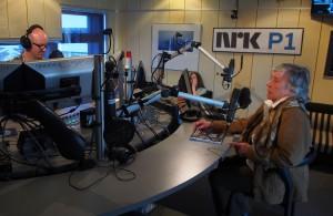 Reidun Mellem oli kuttuttu NRK Tromssan iltapäivälähätyksheen 2. maikuuta muistelemhaan uuesta kirjasta. Stuudioisäntänä oli Jörn Resvoll. KUVA: LIISA KOIVULEHTO