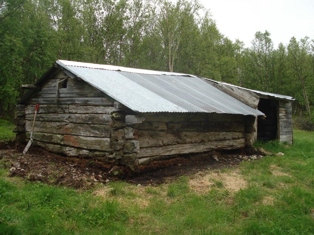 Unikt kvensk kulturminne: Fjøset på Repokoski trenger effektiv og kyndig livredning.