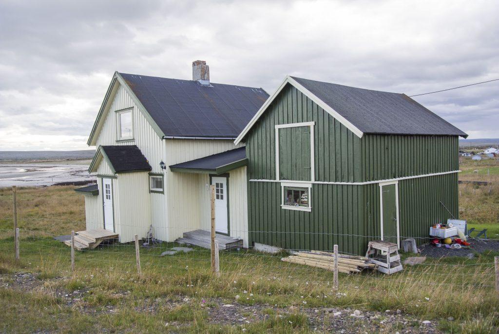 Dette Varangerhuset står i Skallelv. KUVA HEIDI NILIMA MONSEN