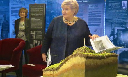 Statsminister Erna Solberg markerte Kvenfolkets dag