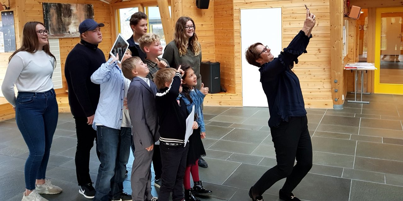 Kvensk selfie-time for stortingspresidenten