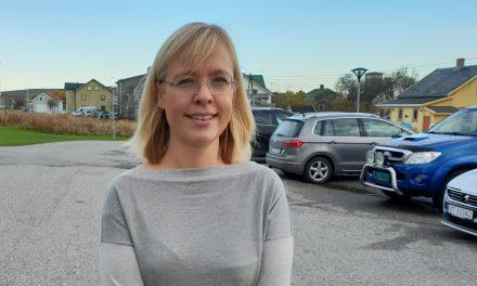 Kväänin kielipalkinon 2019 annethaan Liisa Koivulehole