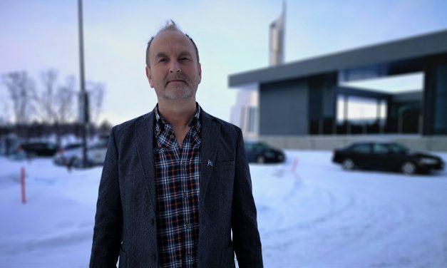 Ivar har ikke fått lønn siden februar. – Nå sendes permitteringsvarsel