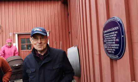 «Blåskiltan» på plass i Vadsø