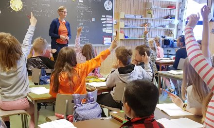 Kvenfolkets dag i skoler • Kväänikansan päivä kouluissa