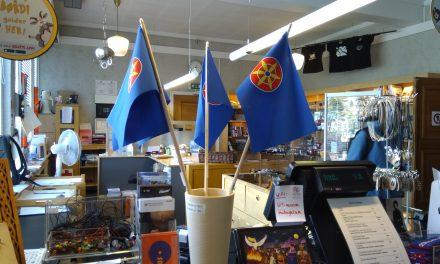 Kvenske håndflagg er sjeldne og dyre – foreløpig