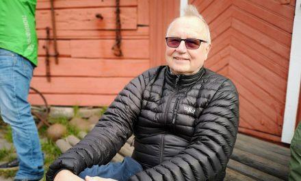 Fikk kjeft for å starte finskundervisning