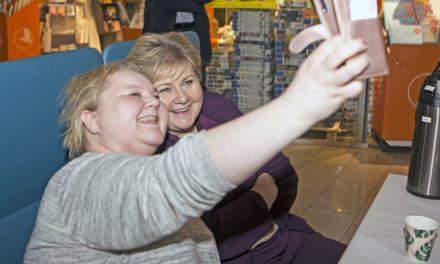 Fikk både selfie og kvenprat med Statsministeren