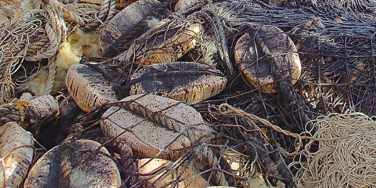 Gammelt garn • Vanhaa verkko