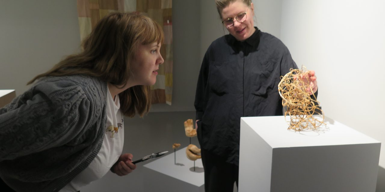 Pohjais-Norjan kunstimuseuumi näyttää kväänikunstii