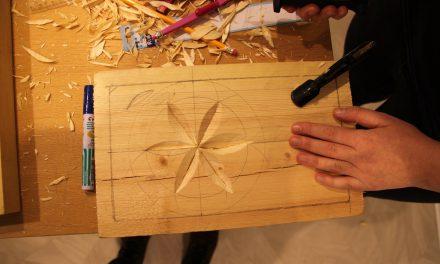 Kvesset knivene for kvenrosa