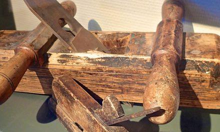 Kvenske tømrer-ting • Lantalaissii veistämävehkheitä