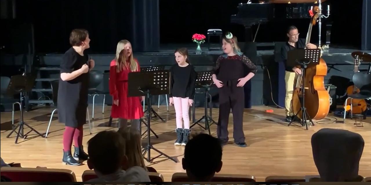 """Stjernene """"Pikku pieni"""" skinte på kulturskolens julekonsert"""