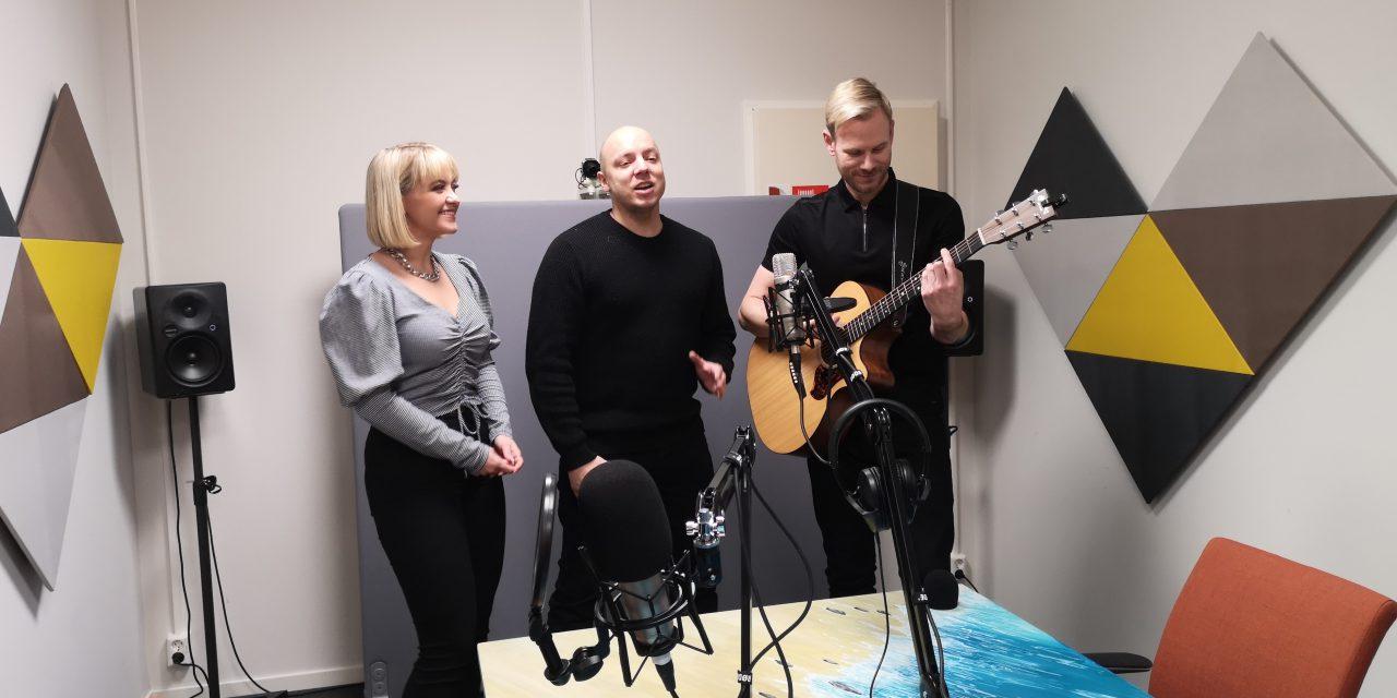Ruijan Radio: Ekstrasending med KEiiNO og Queen på kvensk